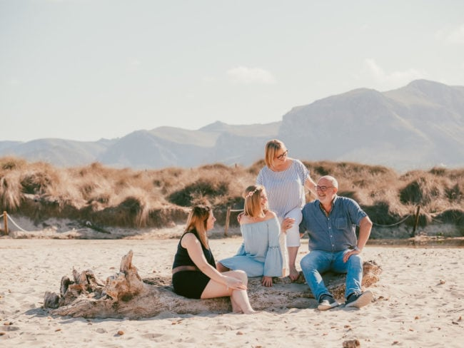 familienshooting mallorca strand meer 36